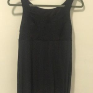 Lululemon women's black tank